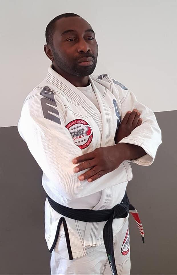 Jean-louis mbongo professeur de jiu-jitsu brésilien